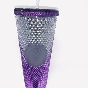 The platinum plum tumbler